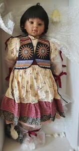 034-Suzi-034-1989-Native-American-Vinyl-Doll-by-Artist-Rotraut-Schrott-for-GADCO