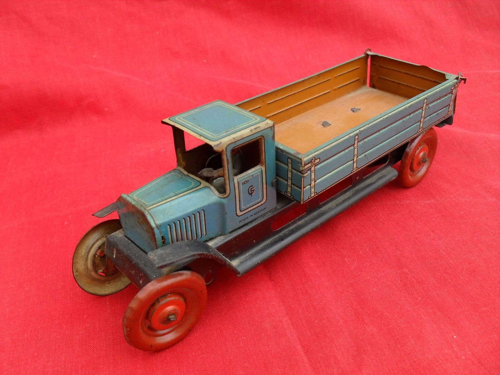 VINTAGE TINPLATE   LORRY GEORG FISCHER 1930  GERMANY