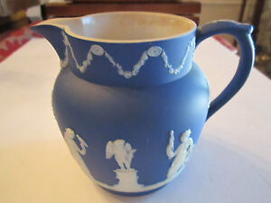 VINTAGE-WEDGWOOD-DARK-BLUE-JASPERWARE-SMALL-PITCHER-6-034-X-5-034-LOT-A