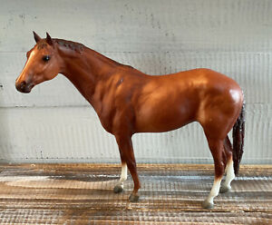 Breyer-Reeves-Chestnut-Brown-Horse-7-875-034-Tall-x-9-034-Long