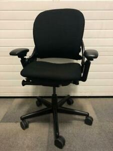 Steelcase Leap V1 – Black London Ontario Preview