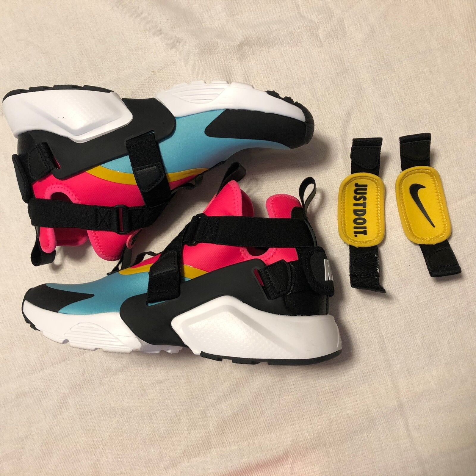 Women's Nike Air Huarache City Shoes -Size 7 -AH6787 400 NO BOX TOP