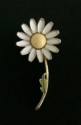 Vintage Signed Weiss Double Flower Center Stone Brooch
