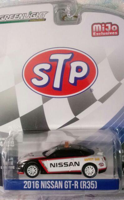 2016 NISSAN GT-R STP SAFETY CAR LTD TO 4600PCS 1//64 BY GREENLIGHT 51146 R35