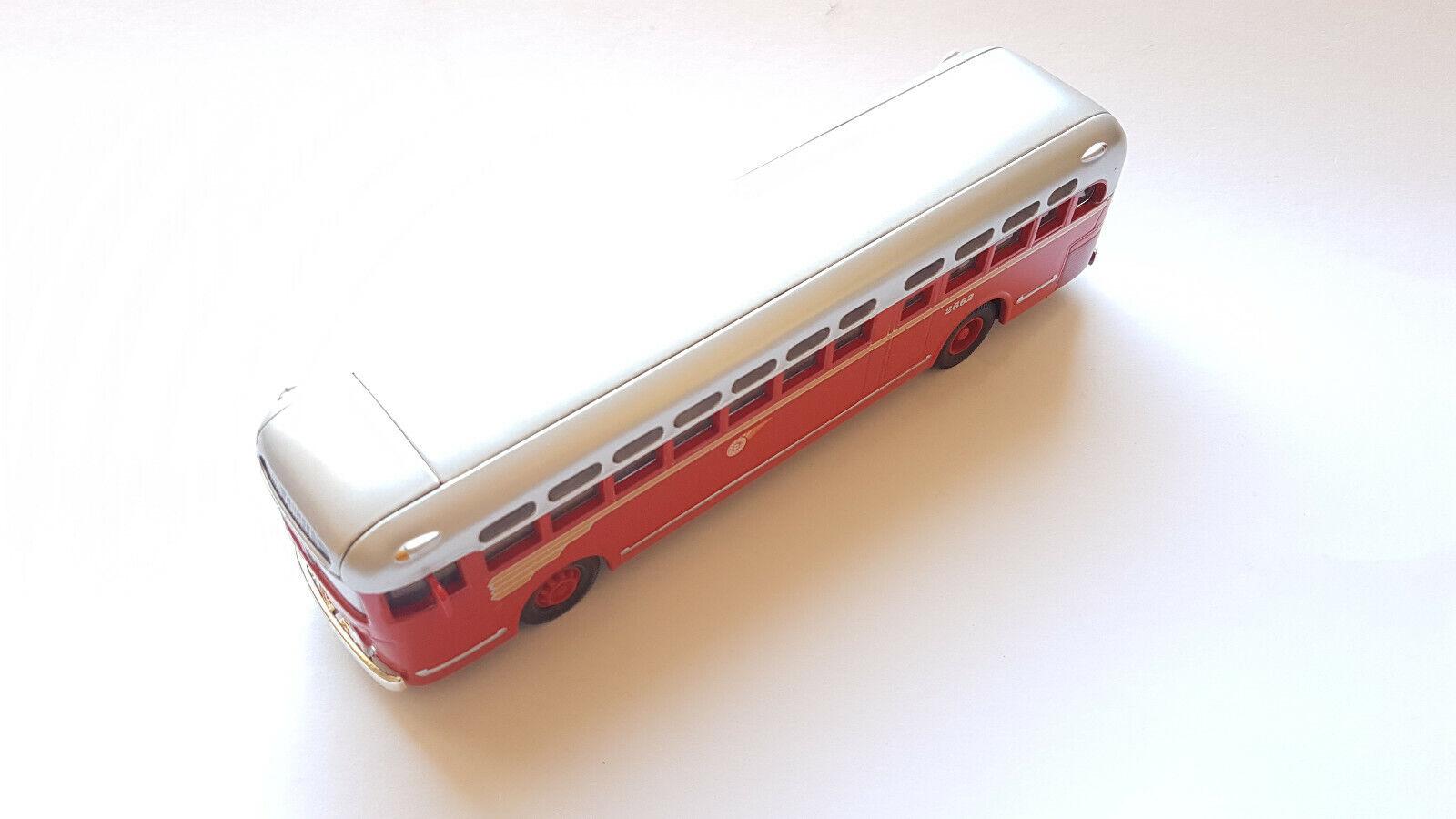 Corgi GM Bus 2662 1 50 - OVP