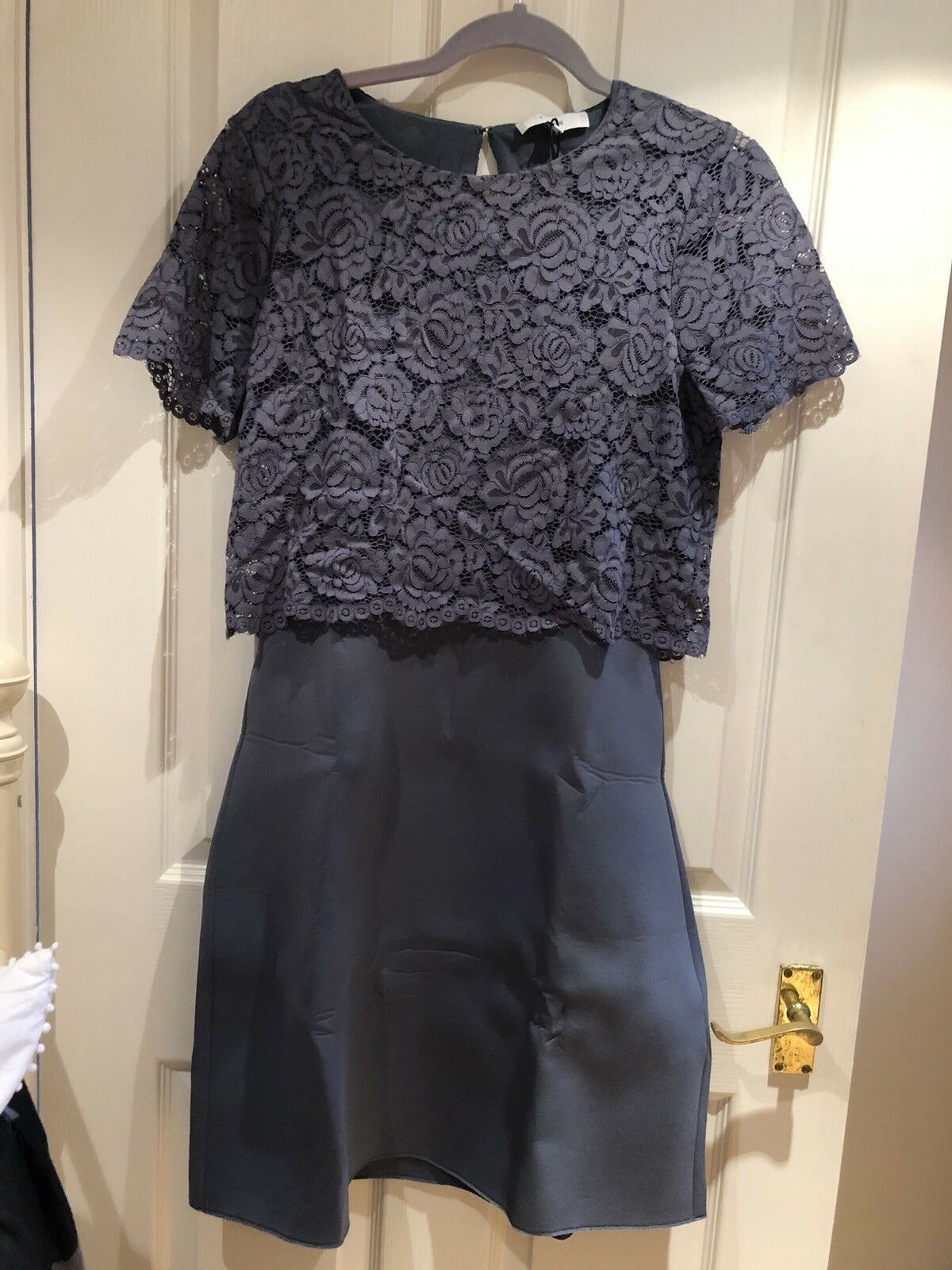 BNWT Reiss Neoprene Scuba Lace Size 12 Knee Length Dusty bluee Dress