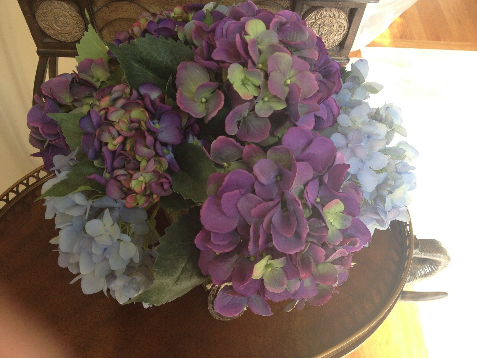 Ndi Floral Surtidos púrpura y azul Hortensias en Transparente Con Diseño De Jarrón Con Acrílico De Agua