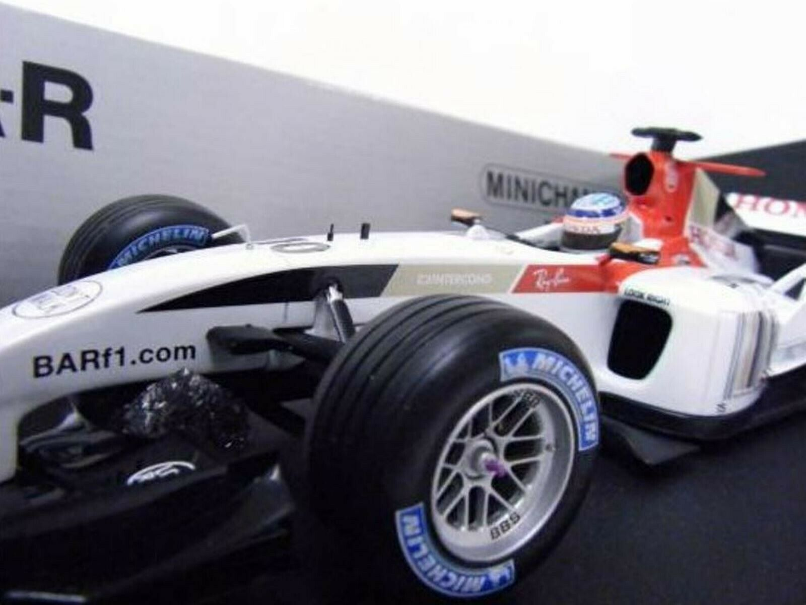 WOW EXTREMELY RARE BAR 006 Honda V10 Takuma Sato French GP 2004 1 18 Minichamps