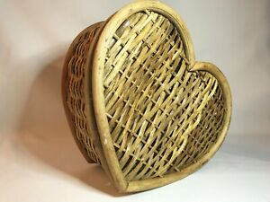 Vintage Wicker & Bentwood ❤️ Heart Shaped Hinged Lid Basket Box ❤️ Valentine's
