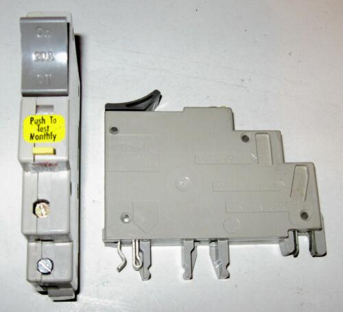 Square D Trilliant 20 Amp 20A Single Pole GFI GFCI Breaker SDT120GFI  CHIPPED