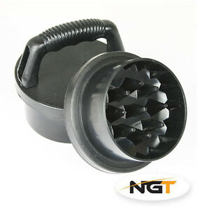 NGT Deluxe Carp Boilie//Pellets Fishing Grinder with Handle 35mm Deep 75mm Wide