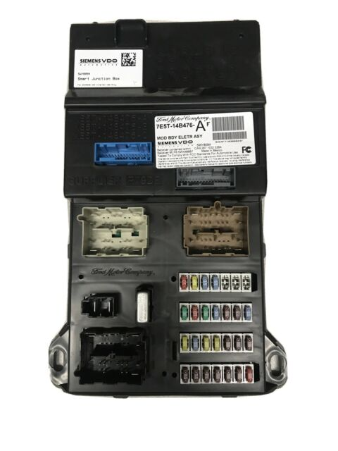 2007 Ford Fusion V6 Fuse Box    Relay Power Distribution Center 7e5t