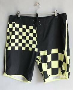 Quiksilver-Mens-Size-32-BOARDSHORT-Boardies-Shorts-Mens-Size-32-Black-Lime