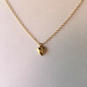 32364c896989 Image is loading Gold-Heart-Necklace-Choker-Small-Tiny-Petite-ALL-
