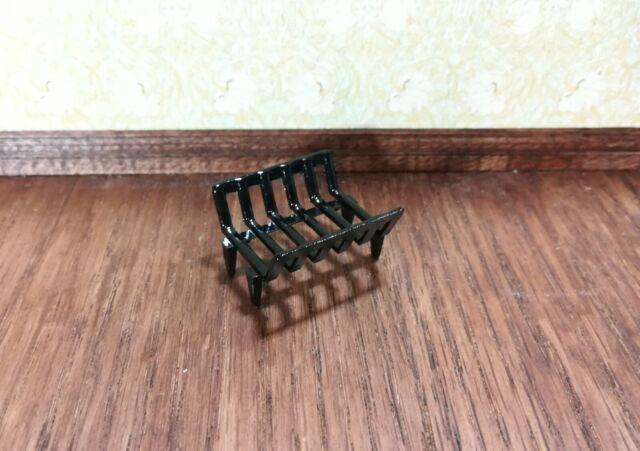 Fireplace grate w// Logs  1//12 scale dollhouse miniature ISL2403-2 Craft Island