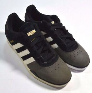 22dc92fe5 Image is loading Adidas-RONAN-Black-White-Iron-Suede-Skateboarding -Discounted-