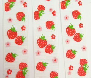 25mm-WHITE-AND-RED-STRAWBERRY-SPRING-FLORAL-GROSGRAIN-RIBBON-GG6093