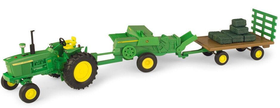 ERT46667 Tracteur JOHN DEERE accompagné accompagné accompagné d'un plateau et d'une petite presse  - | Une Bonne Conservation De La Chaleur  1f0946