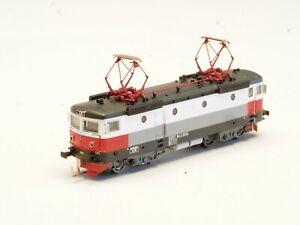 Z-scale-FR-Swedish-RC3-Electric-Locomotive-w-DCC-Digital-amp-LED-Freudenreich