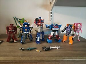 Transformers Earthrise War for Cybertron Action Figure Lot Arcee Optimus More