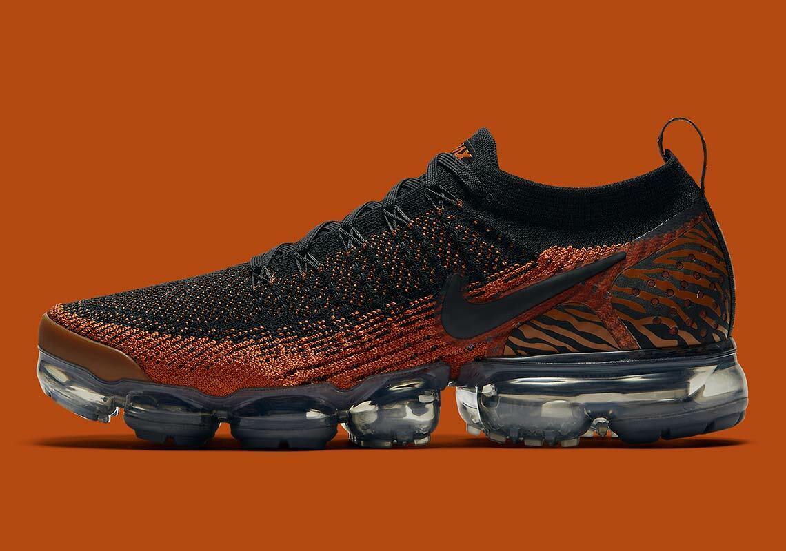 Nike Air Vapormax Flyknit 2 Tiger orange Size 11.5. AV7973-800 max epic react