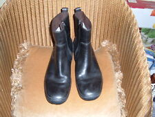 TIMBERLAND LADIES / MENS CHELSEA BOOT BLACK LEATHER, SIDE ZIP,WOOL LINED  sz: 9W