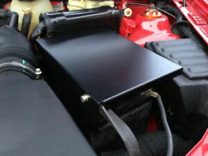 Mad-Renault-Clio-MK2-172-182-2-0-16V-COPA-TROPHY-ETC-ALUMINIO-TAPA-de-la-bateria