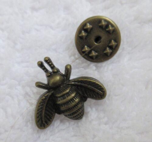 1 x Little Bumble Bee  Pin Brooch lapel badge dark  or bronze tone STEAMPUNK