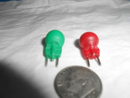 #19 14V 1-RED /& 1-GREEN 2-PIN BULBS FOR LIONEL TRAINS MTH AND OTHERS