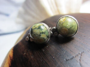 Natural-Green-16mm-Mottled-Jasper-stud-Earrings-2-8-gr