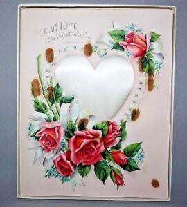Vintage-1950s-HALLMARK-Satin-Heart-VALENTINE-CARD-ORIG-BOX-Wife-Roses-GREETING