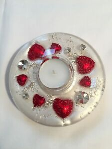 GLASS CANDLE HOLDER WITH FLORAL DESIGN Medium (Red heart)