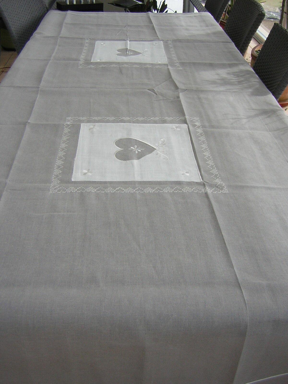 Nappe brodée Rectangle 150x350cm Amandine Brodée lin