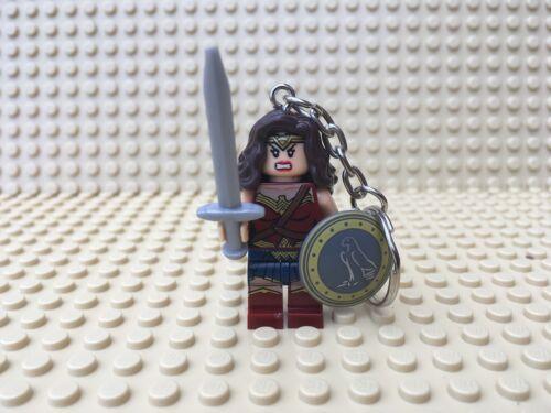 Keychain UK SELLER DC Comics Wonderwoman Mini-Figure Keyring