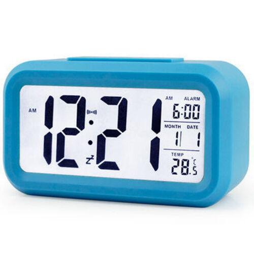 Wecker LED Digital Uhr Alarmwecke Snooze Tischuhr Kalender Beleuchtet Temperatur