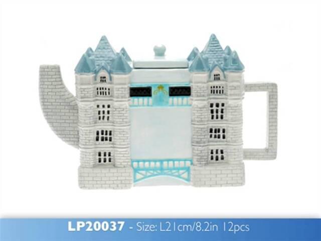 Tower Bridge Tea Pot Ceramic Ornament Decoration Gift Idea