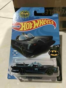 Hot-wheels-Hotwheels-TV-Series-Batmobile-Case-M-2018-new