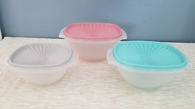 """TUPPERWARE NEW USA VINTAGE SERVALIER BOWL SET WITH PLEATED SEALS /""""A CLASSIC/"""""""