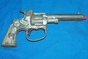Old Hub Cap Gun Hubley Diecast Pistol Toy Revolver Vintage