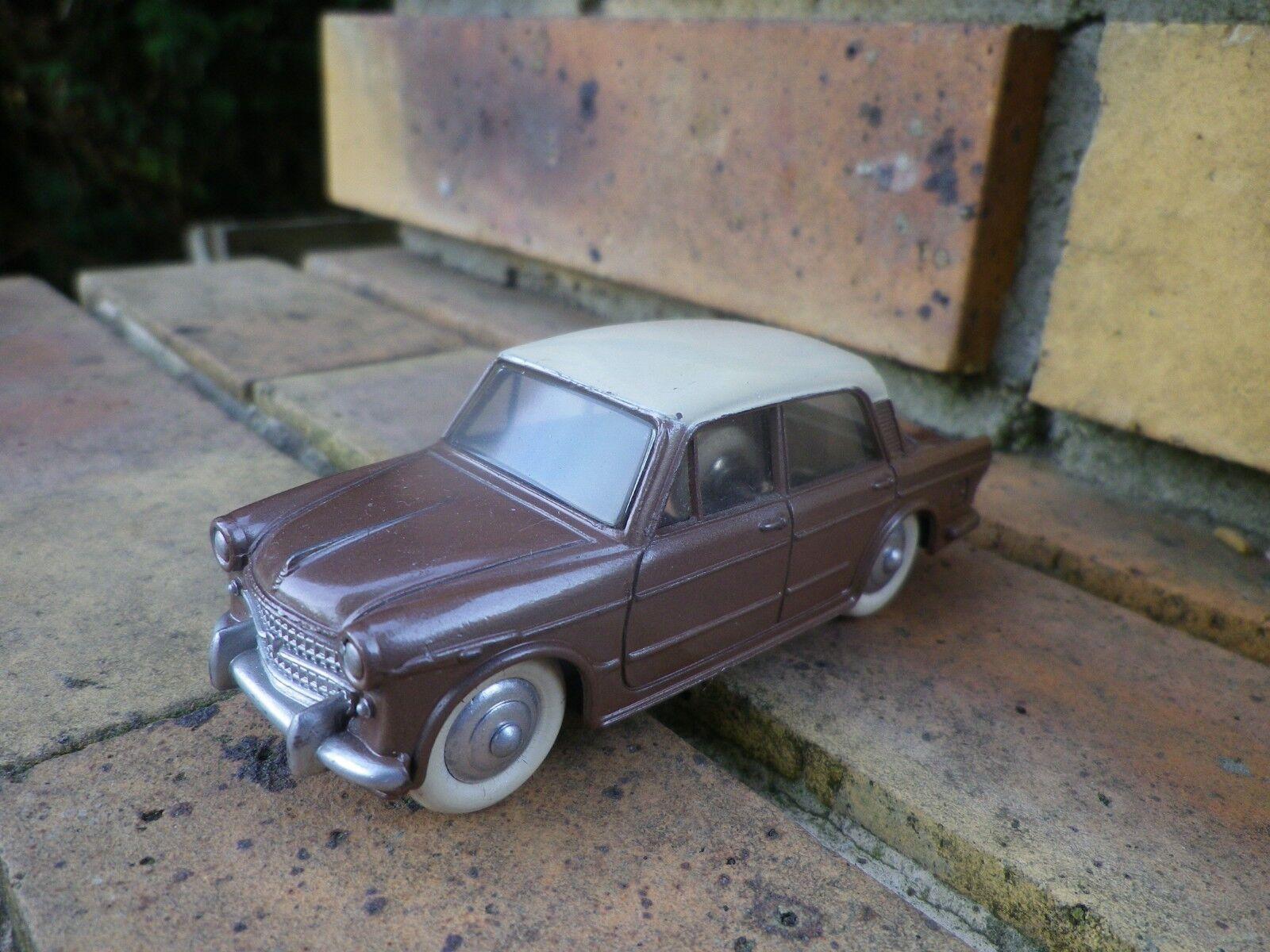 DINKY FRANCE 531 FIAT 1200 GRANDE VUE de 1959 COMME NEUF, sans boite