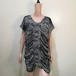 C1160-NB-Black-and-White-Abstract-Print-Loose-Dress