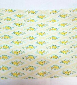 Vintage-Yellow-Floral-Cotton-Trim-7-inches-wide-1-yard