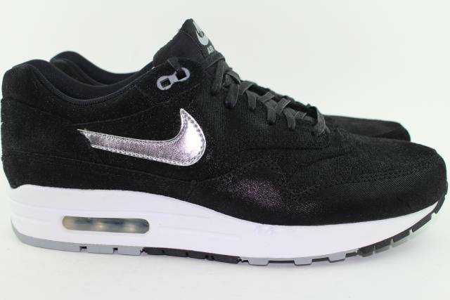 NIKE AIR MAX 1 PREMIUM Size: 9.5 BLACK RUNNING NEW COMFORT
