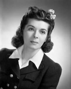 OLD-CBS-RADIO-PHOTO-Portrait-Of-Cbs-Radio-Actress-Miriam-Wolfe-1941-5