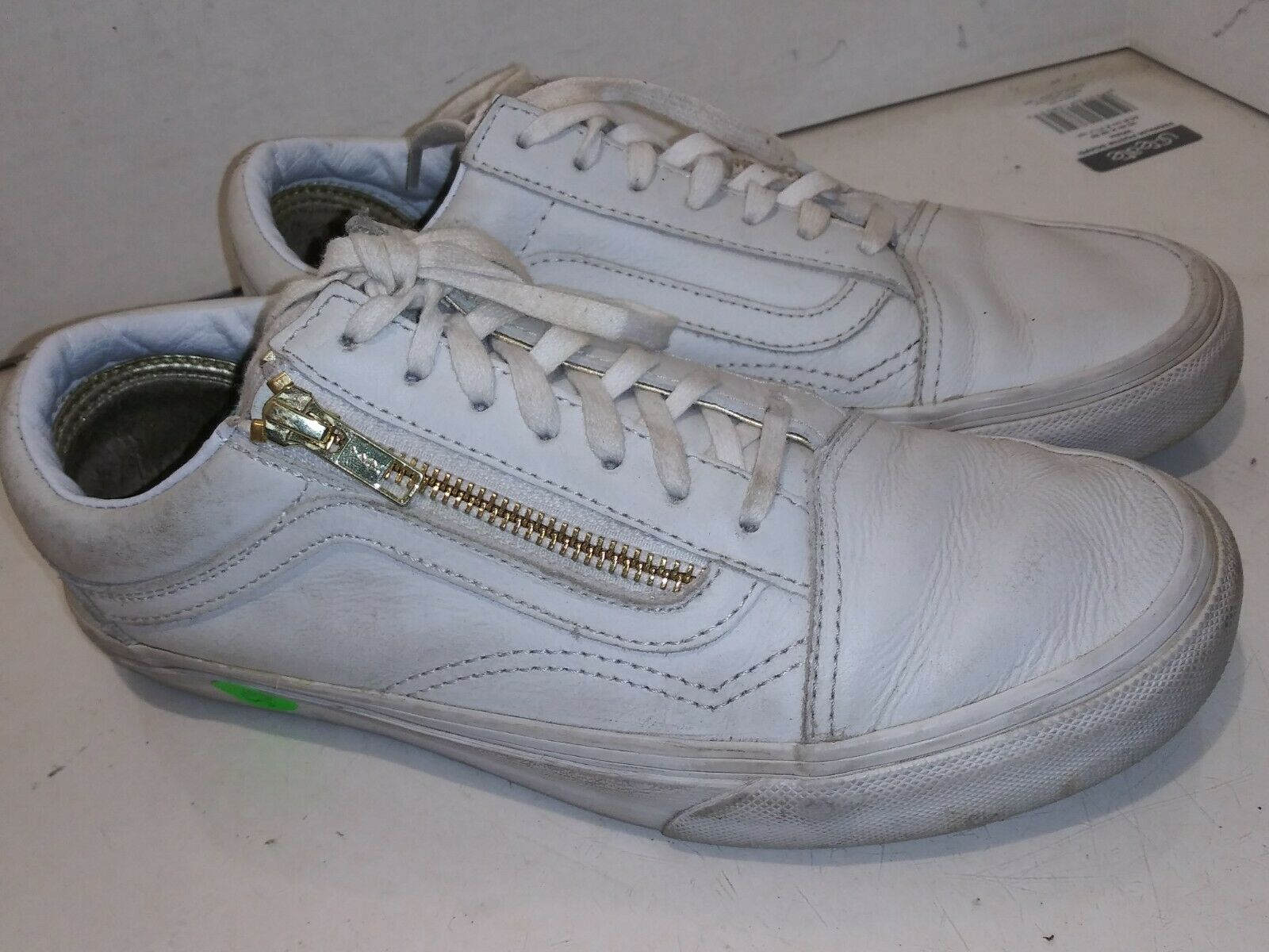 Vans White Leather Size gold Zipper Sneakers Low Womens Size 7.5 M