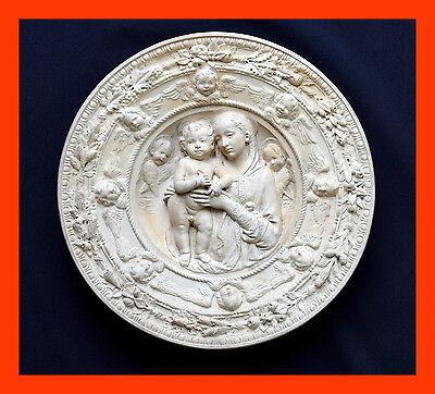 Keramische Werke Rakonitz,  Tondo nach  Andrea della Robbia um 1900   (# 4749)
