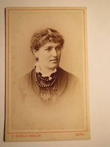 Bern-junge-Frau-Portrait-CDV