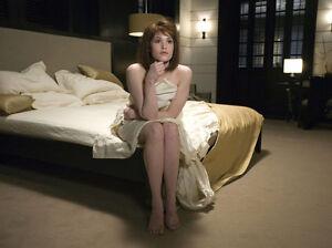 Gemma Arterton Unsigned Photo H581 James Bond Quantum Of