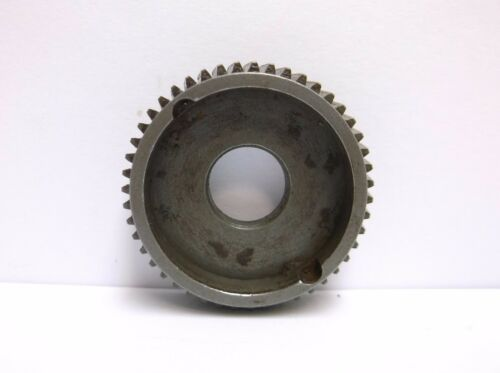Main Gear S 447 3.6 USED NEWELL CONVENTIONAL REEL PART