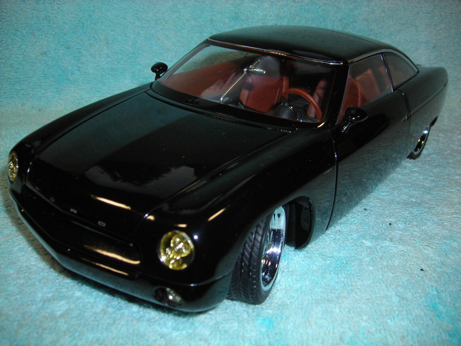 1 18 échelle 2002 FORD 49ER Concept en Noir par AUTO art.
